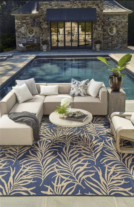 Outdoor-Rug-Style-Summer-2021